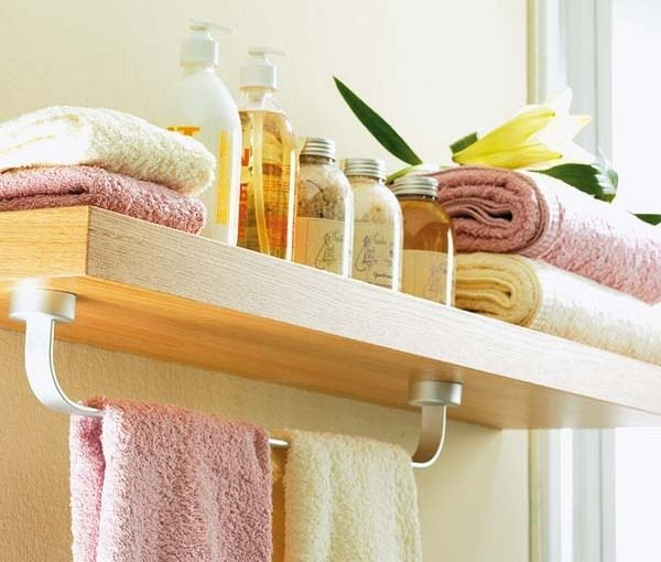 Extra Storage using a Towel Rail