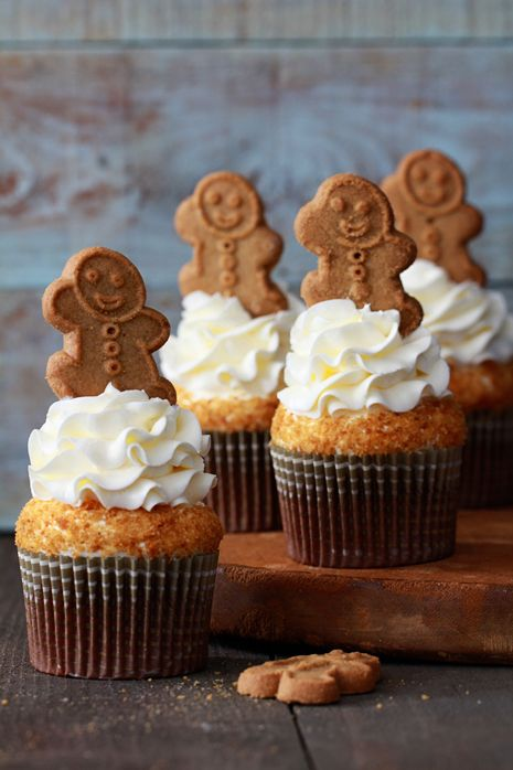 Gingerbread Cupcakes with Lemon Cream Cheese Frosting