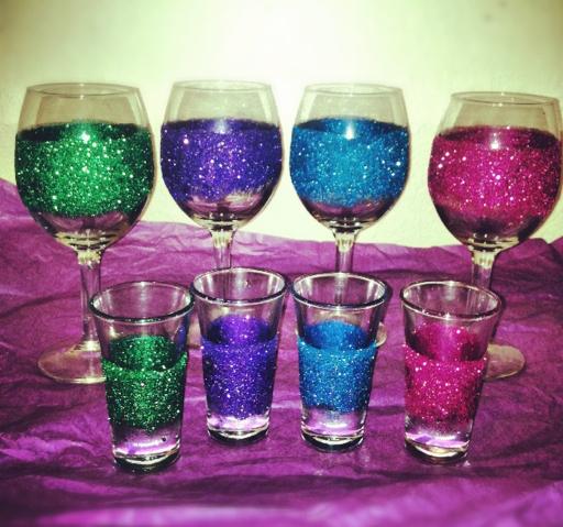 DIY Glitter Glasses