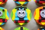 Thomas Cup Cakes